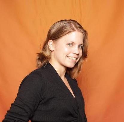 Hanna Oeljeschlaeger, Bloggerin bei Hubspot